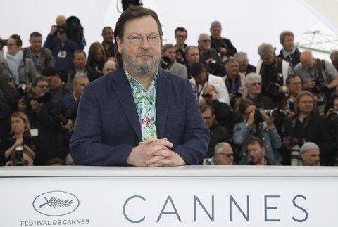 Cannes ovaciona a los directores de Irán y Rusia censurados