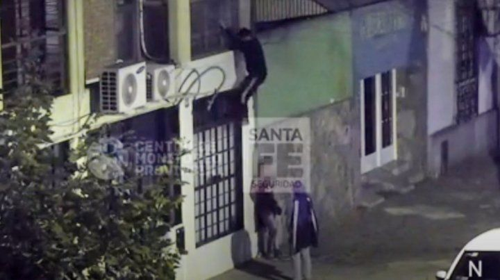 Quisieron entrar en un departamento de Pichincha y fueron detenidos