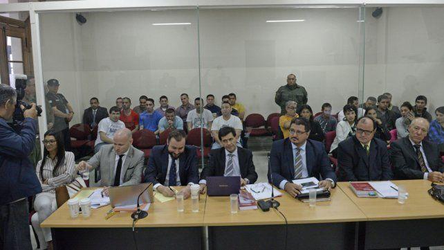 Alegatos. Los defensores Nanni y Krupnik (izq) pidieron ayer la absolución de su cliente