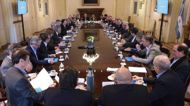 Peña pidió no plantear fantasmas por el acuerdo con el FMI