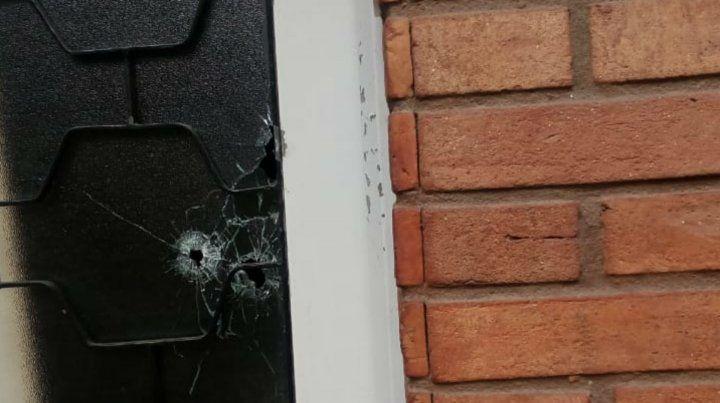 Un nuevo ataque a balazos contra el frente de la casa de un taxista
