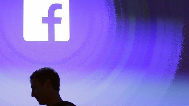 La censura de Facebook detecta mejor la desnudez que el racismo