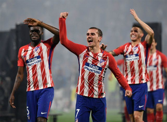 <b>El héroe. </b>El francés Griezmann fue la gran figura del Atlético en la final ante Marsella.