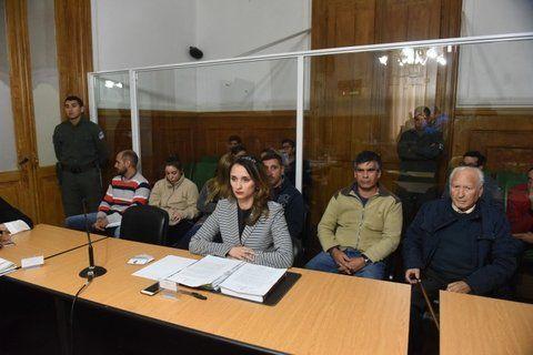 acusada. Flavia Leilén Zacarías(izquierda) dijo ayudar a su padre en una constructora.