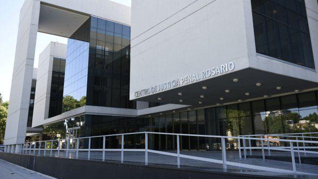El juicio se hizo en el centro de justicia penal de Sarmiento y Virasoro.