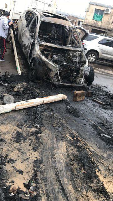 Denuncian a un hombre por violar a una mujer e incendiar el auto de su hermana