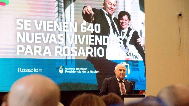 Nación y provincia construirán 640 viviendas en conjunto en Rosario