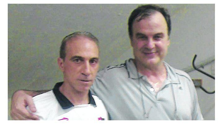 Pancho cantó los 40 años en la Lepra