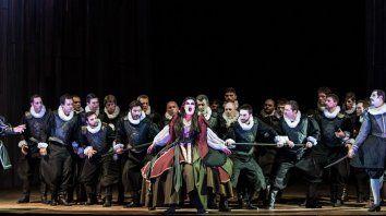Hoy, última función. Los cantantes cubrieron con solvencia los requerimientos de la famosa ópera de Verdi.