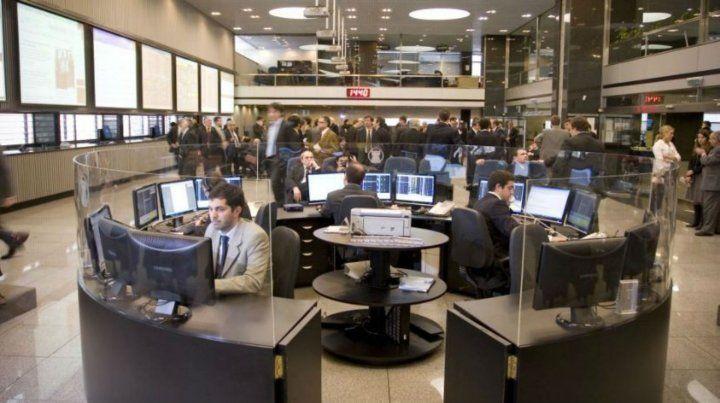 Mercado. Especialistas aconsejan coberturas a futuros por la incertidumbre.