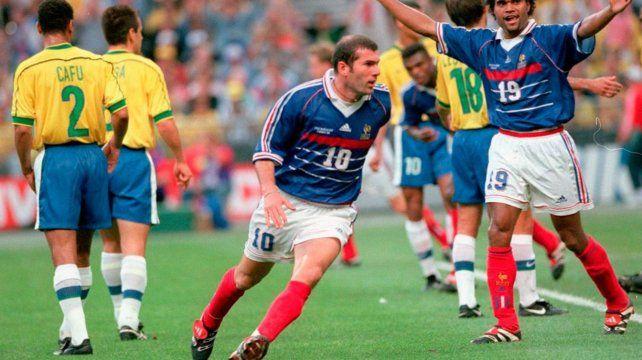 La gran estrella. Zinedine Zidane celebra