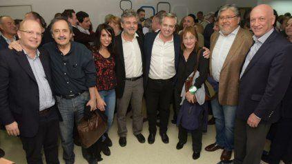 Bonfatti se reunió con dirigentes peronistas y de otros espacios.