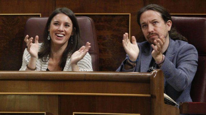 El secretario general de Podemos y la vocera en el Congreso defendieron la compra de la vivienda.