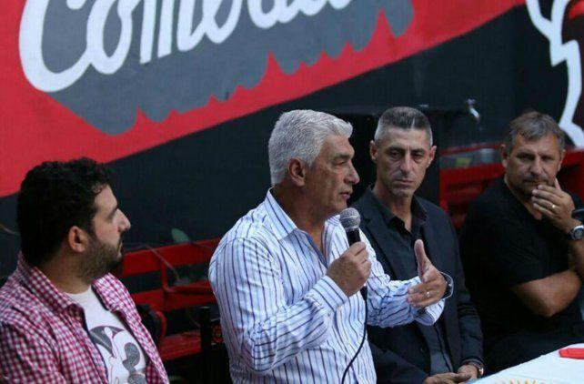 Codo a codo. El vice Cristian D Amico y el técnico De Felippe trabajarán para reforzar el plantel para lo que viene.