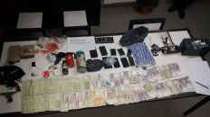 Cuatro detenidos y secuestro de armas y drogas en Baigorria