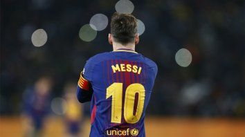 Récord. Leo Messi obtuvo otro premio individual, superando a Salah y Kane.