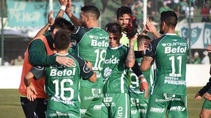 Finalista. Sarmiento avanzó hacia la fase decisiva y buscará el ascenso a la Superliga.