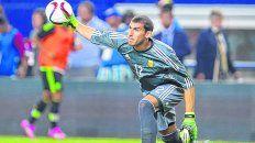 El último. Guzmán jugó un partido con Sampaoli y fue goleada 6-0 a Singapur. Caballero jugó dos: triunfo ante Italia y 6-1 en contra con España.