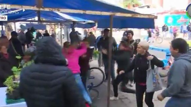 Pelea entre huerteros en la feria de la calle recreativa