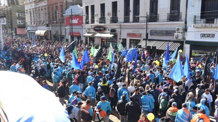 Contundente manifestación en el centro contra el tarifazo