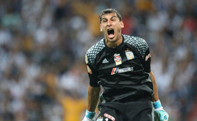 <b>¿Adentro? </b>El Patón Guzmán vuelve a tener chances con la lesión de Romero.