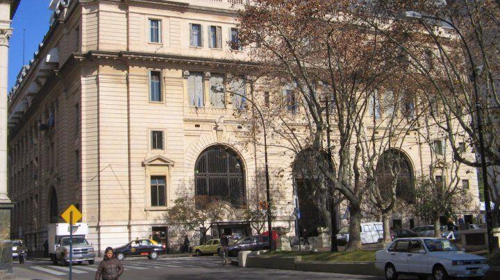 Mañana habrá una manifestación frente al edificio de Correos de Buenos Aires y Córdoba.