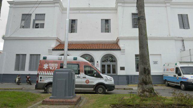 La víctima fue atendida en el Hospital Roque Sáenz Peña.
