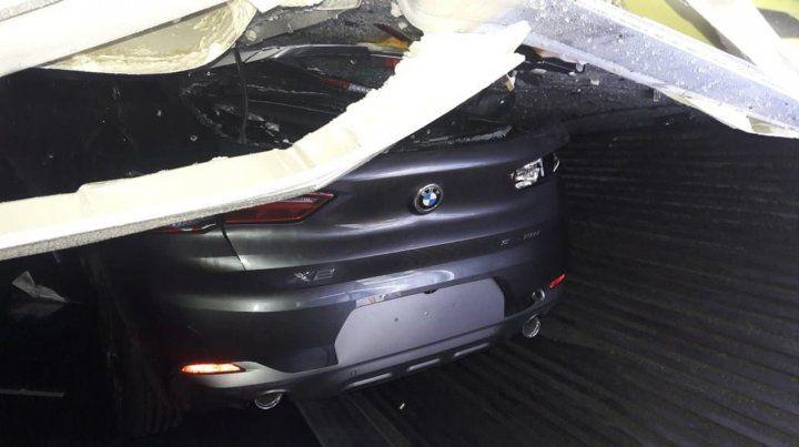 Uno de los coches dañados en el puerto de Buenos Aires.