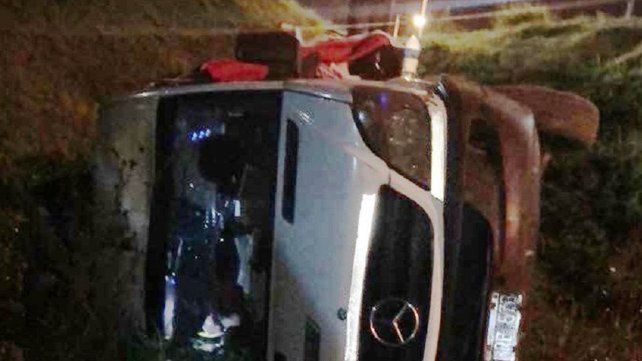 Un exvocalista de Ráfaga sufrió un grave accidente en Roldán