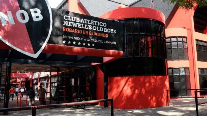 El juez Bellizia removió a los encargados de la tesorería de Newells