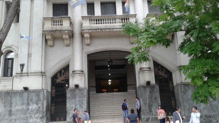 Un preso escapó de los Tribunales de Santa Fe cuando iba a una audiencia