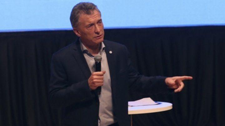 orador. Macri reunió a su gabinete en el CCK y habló de reducir el déficit fiscal.