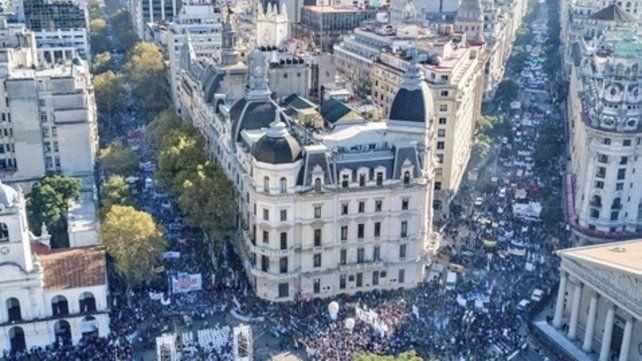 multitud. La marcha federal fue masiva. Hoy se prevé gran asistencia.