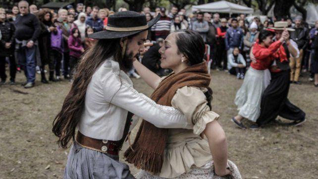 Rosario festeja el 25 de Mayo con milongas, recitales y ferias