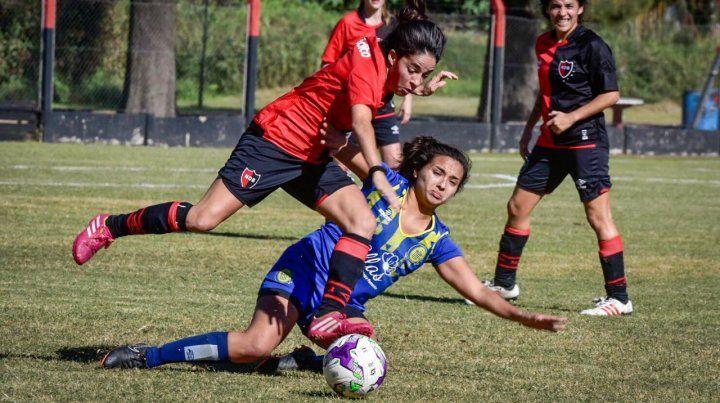 Las chicas de Newells y Central redondearon un histórico empate