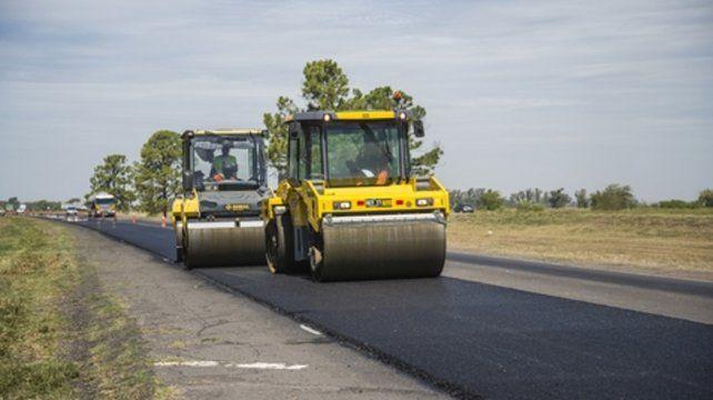 La autopista Rosario-Santa Fe esta siendo reparada a nueva en dos frentes de trabajo.