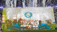El circo fue merengue. El plantel de Real Madrid festeja una nueva consagración en la Liga de Campeones. El mundo siguió atentamente lo que sucedió en Kiev y como es una costumbre los merengues se quedaron con la fiesta.