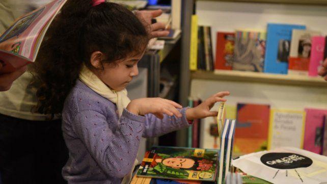 Un día cargado de actividades en la Feria del Libro