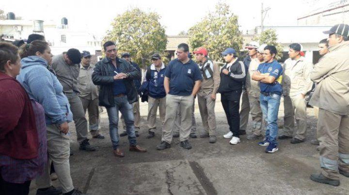 Escándalo en Maciel: golpearon al presidente comunal y pararon los servicios
