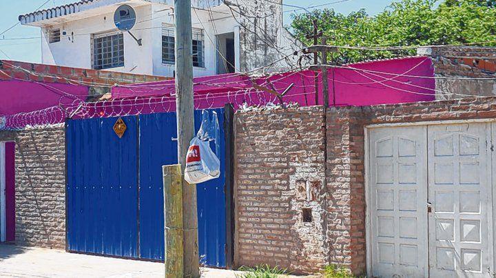 Olivé al 2400. La casa donde vivía Roberto Carlos Godoy y frente a la cual fue asesinado el 22 de diciembre.