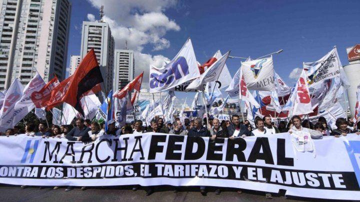 La Marcha Federal de Organizaciones Sociales llega a Rosario
