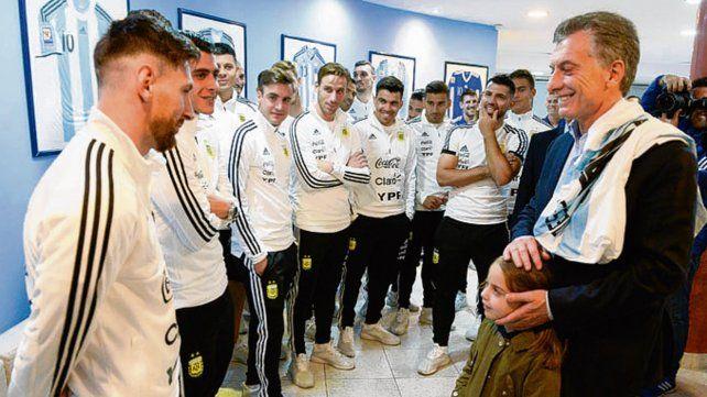 Cara a cara. Messi frente a Macri