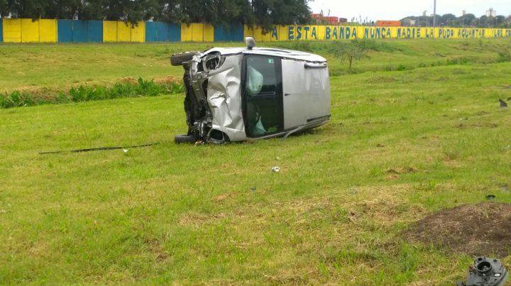 El conductor que provocó un choque en el Acceso Sur dio positivo de narcolemia
