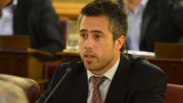En carrera. El diputado provincial Leandro Busatto.