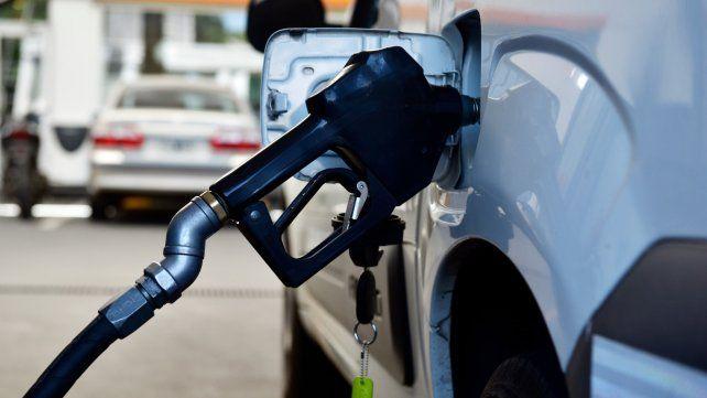 Freno. El precio de la nafta generó una pulseada dentro del gabinete.
