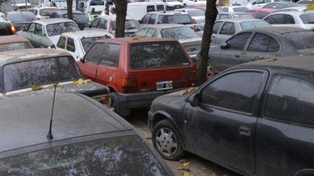 Un proyecto de ley busca que municipios y comunas puedan hacer uso oficial de vehículos depositados en los corralones.