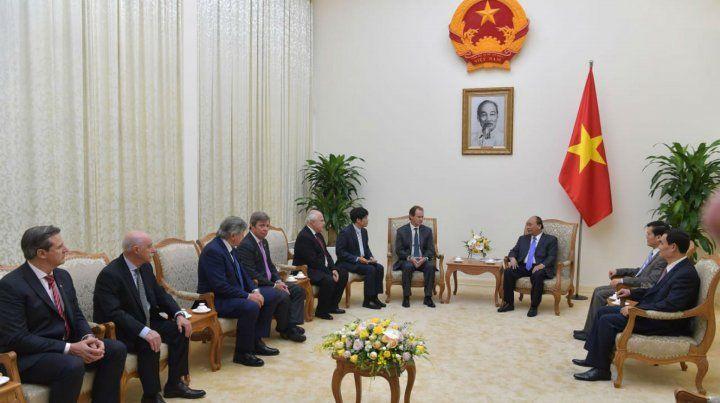 Los gobernadores de la Región Centro se reunieron ayer con las máximas autoridades de Vietnam.