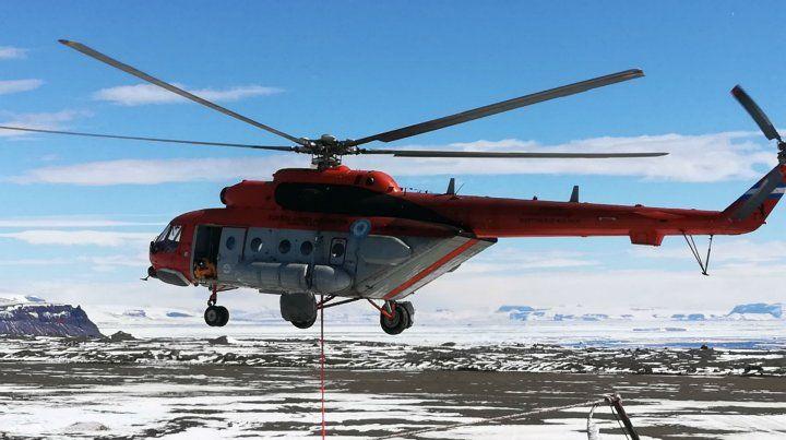 El helicóptero que realizo un aterriazje de emergencia mientras trasladaba a parte de la comitiva presidencial.