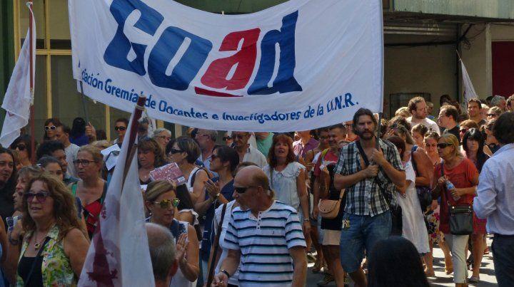 Movilización. Los docentes de la UNR harán nuevas protestas.