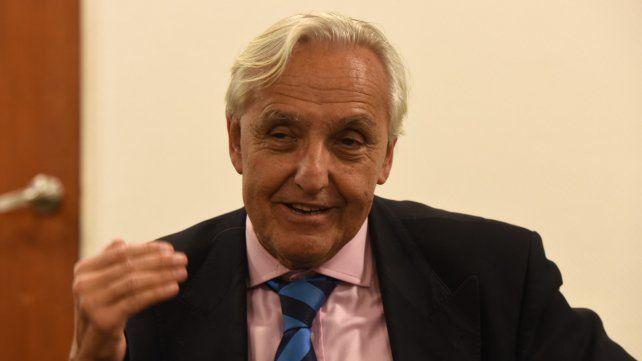 El politólogo Rosendo Fraga disertó esta semana en Rosario.